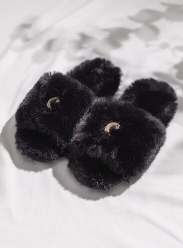 Black furry star slider slippers