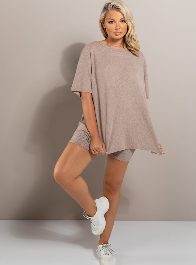 Lillie tee & cycling short