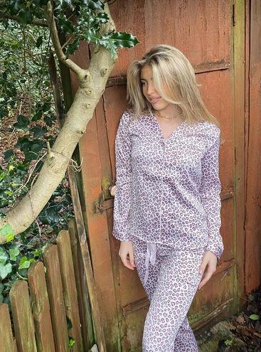 Leopard satin revere pyjama set