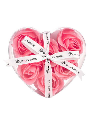 Love Boux rosebud bath petals