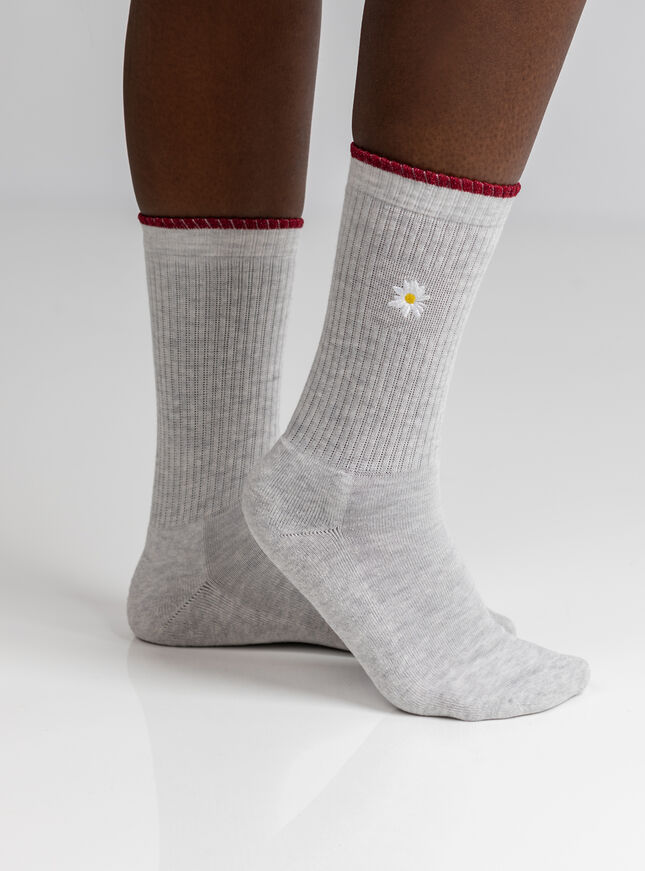 2 Pack embroidered socks