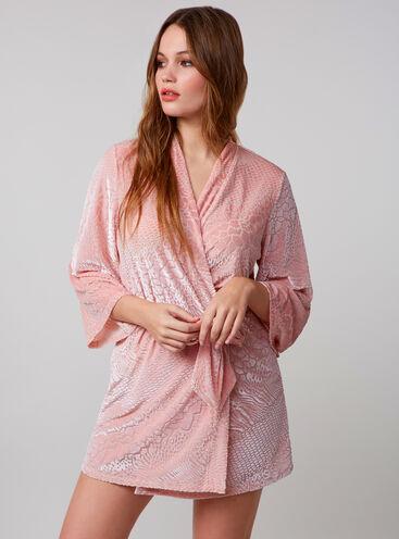 Animal textured robe