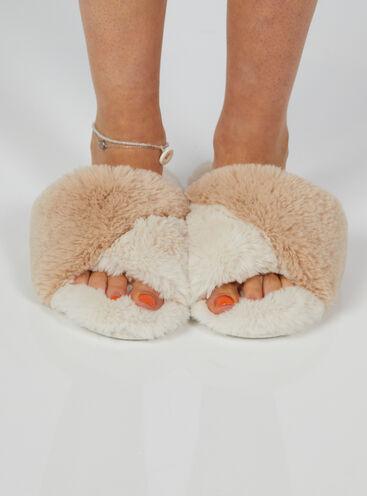 Twisted fur slider slippers