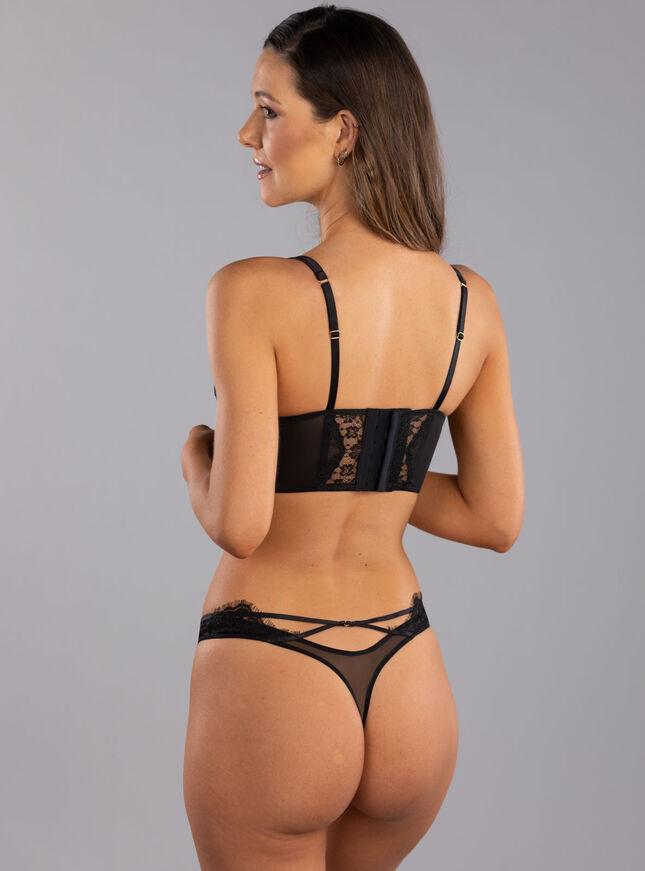 Sandy lace thong