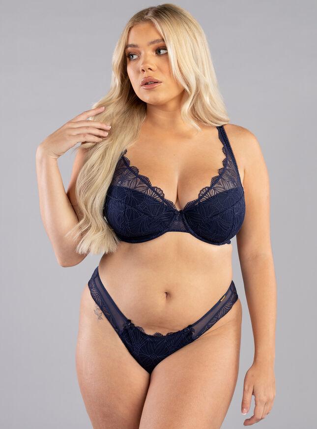 Jodie plunge lingerie set