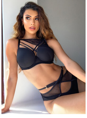 Strappy geo plunge lingerie set