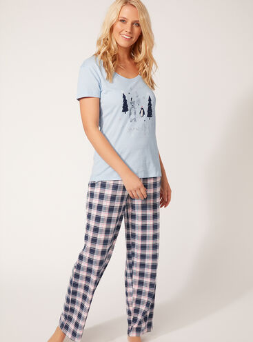 Snow day pyjama gift set