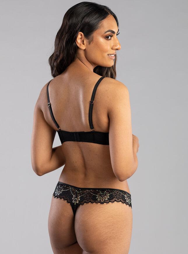 Laurelle balconette lingerie set