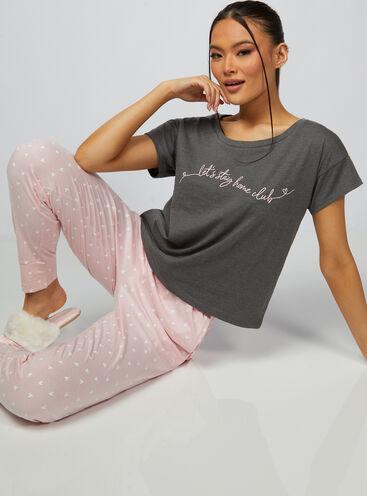 Stay home club t-shirt and pyjama bottoms set