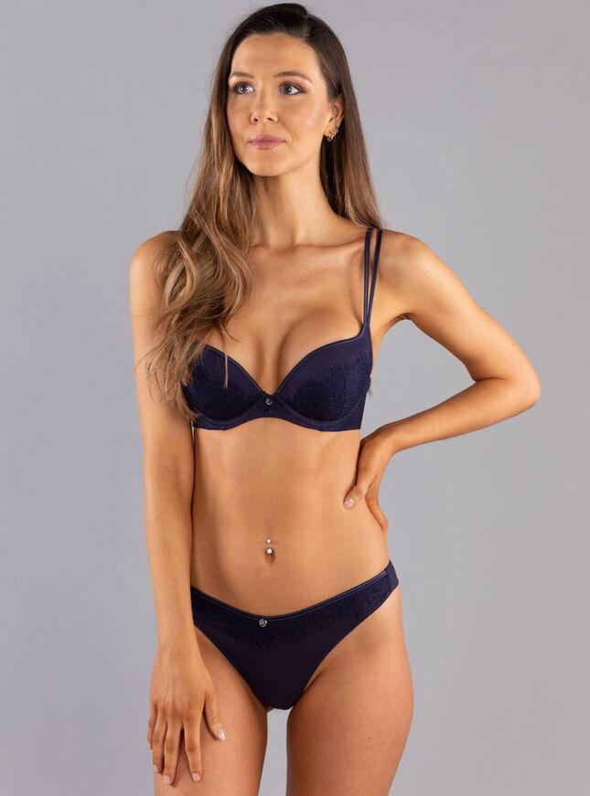 Sandy plunge lingerie set