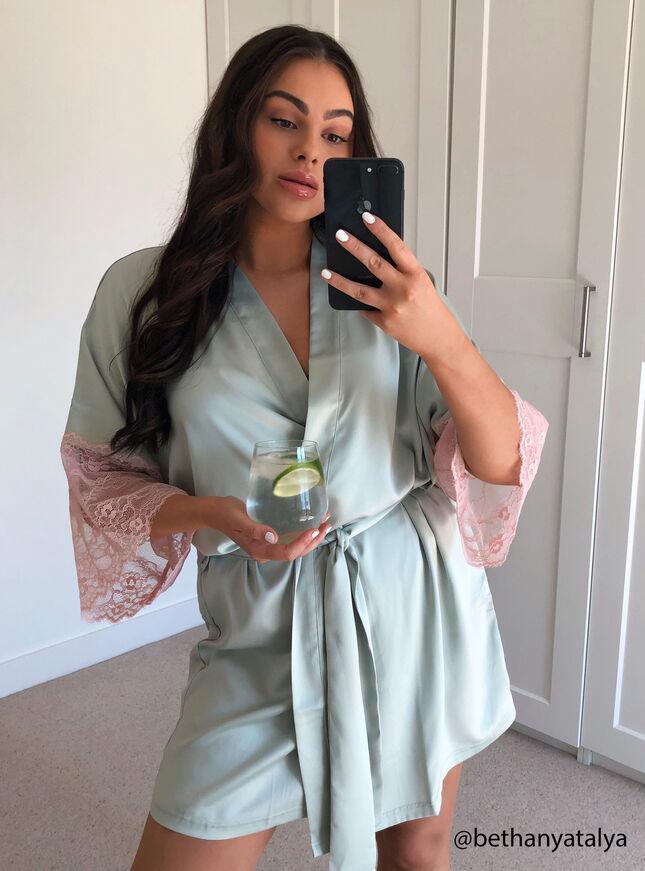 Fleurette satin robe