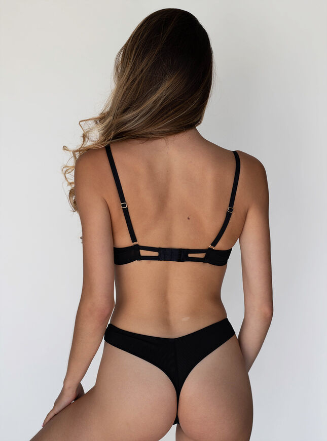 Poppy embroidery thong