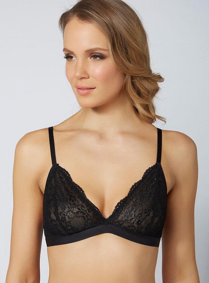 e02343c3759d2 Lucie triangle bra. Model wears size 32C