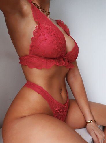 Nettie triangle bra