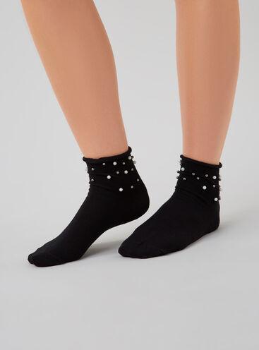 Pearl detail socks