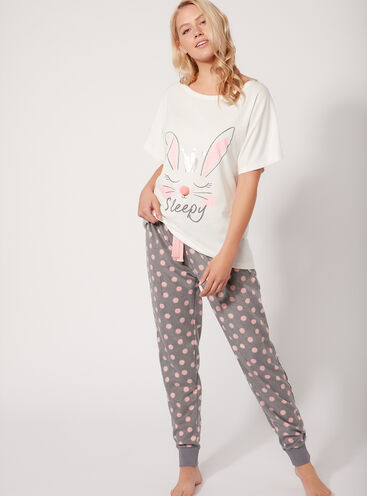 Bunny tee and fleecy pants set