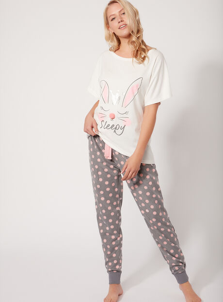Bunny tee and fleecy pants set