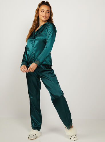 Marnie satin and lace revere and pant set