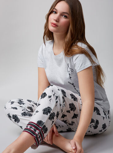 """""""Love yourself"""" tee and floral pants set"""