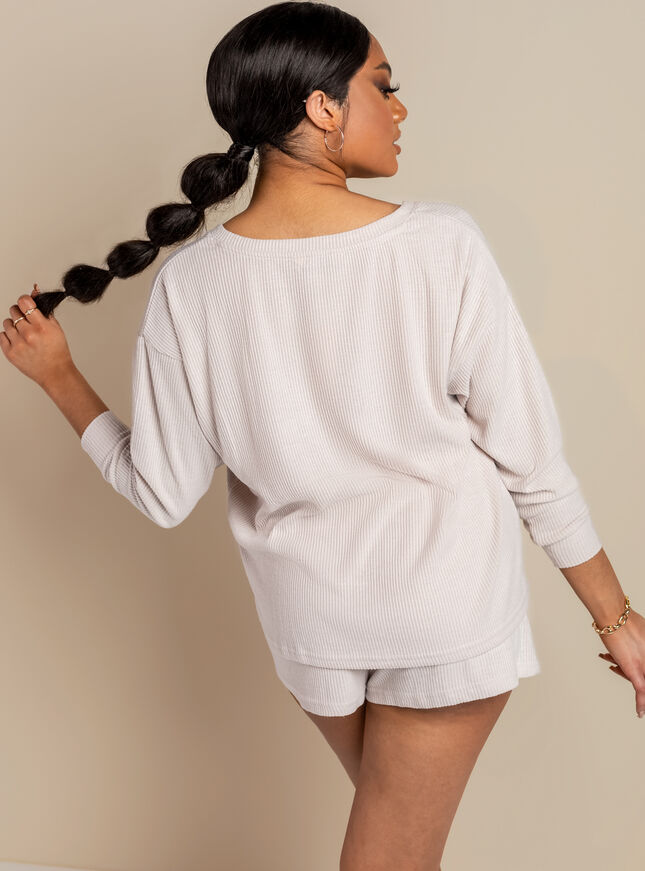 Lillie v-neck top & short