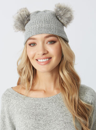 Double pom pom bobble hat
