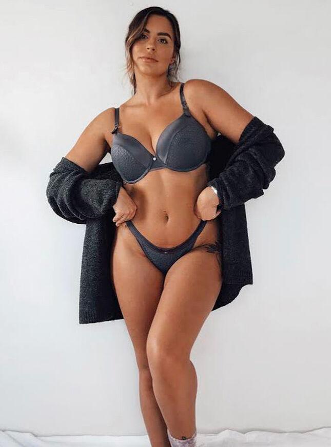 Nadia plunge lingerie set