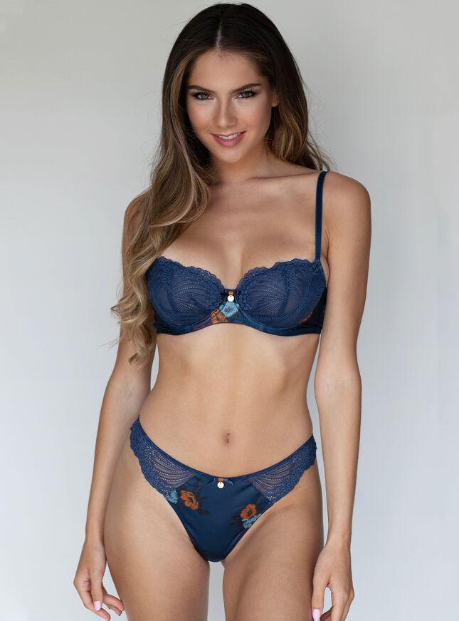 Matilda balconette lingerie set