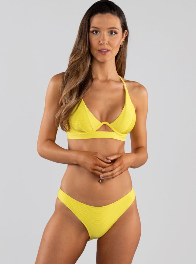 Cali mono wire bikini top