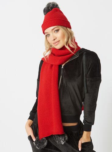 Pom pom scarf