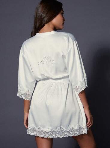 """""""Mrs"""" satin and lace robe"""