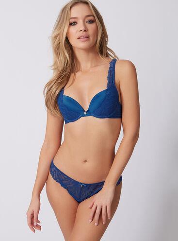 Claudia plunge lingerie set