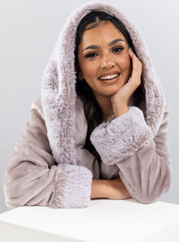 Plush fur and hooded long dressing gown