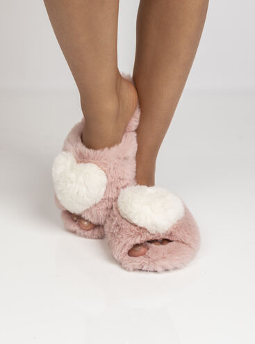Heart pom slipper