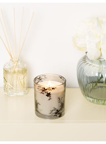Love Boux candle