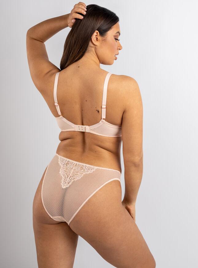 Bethnay balconette lingerie set