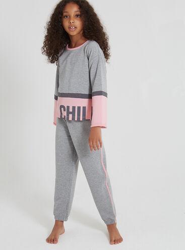 Girls chill out pyjama set