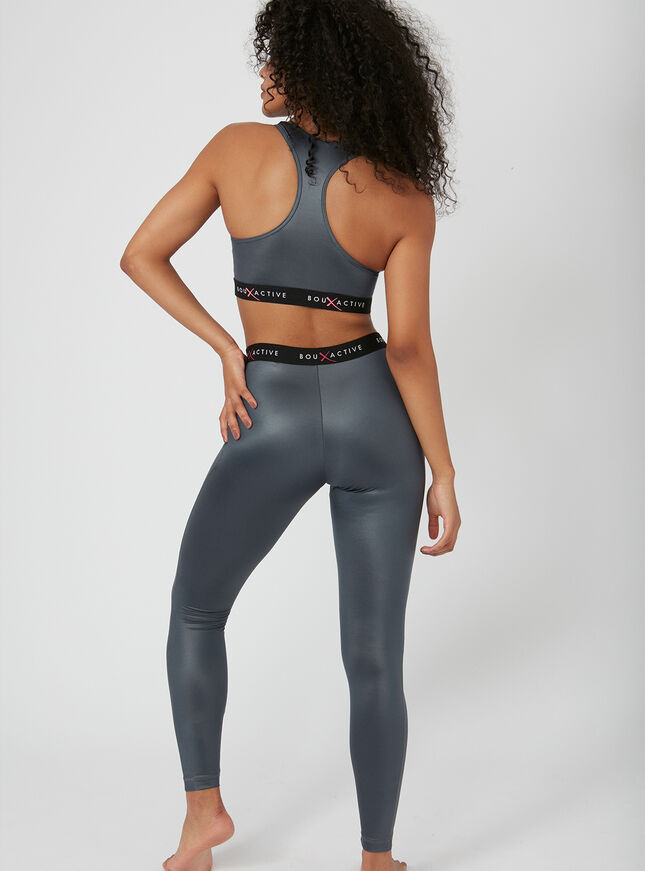 Activewear metallic crop top