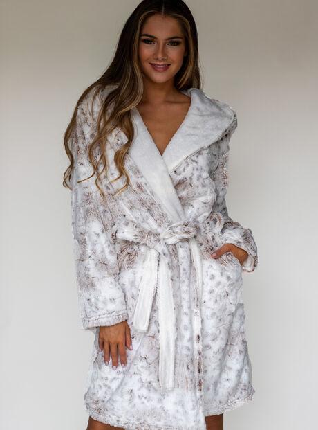 Snow lynx dressing gown