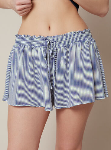 Stripe skater shorts
