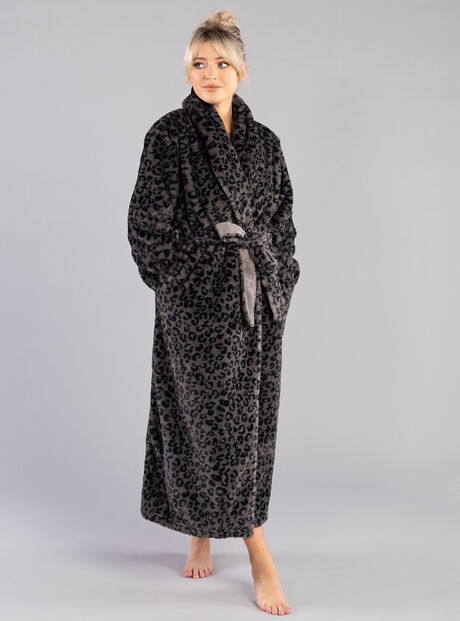 Panther shawl dressing gown