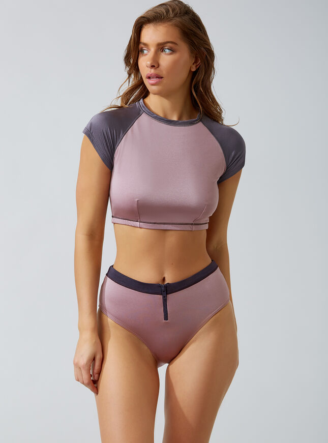 Activewear high-waisted bikini briefs
