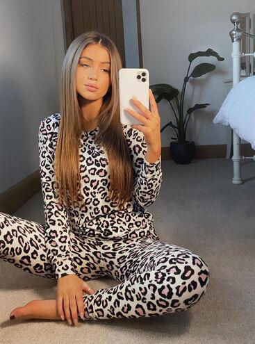 Leopard print twosie