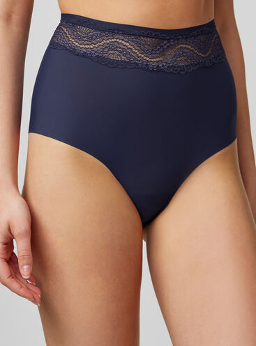 Lace top high-waisted briefs
