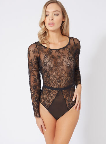Applique lace body