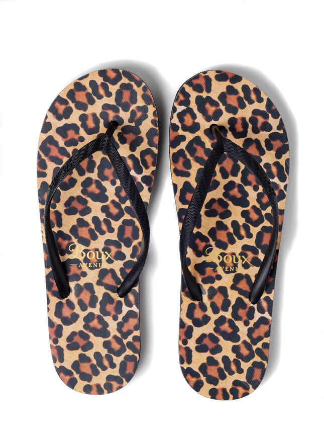 Leopard flip flops