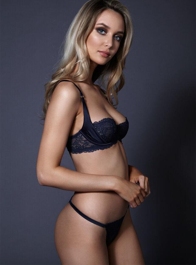 Daniella lace thong