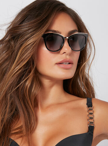 Metal trim sunglasses