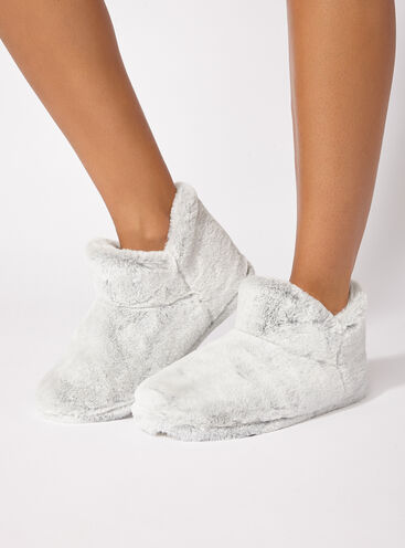 Plush tipped booties