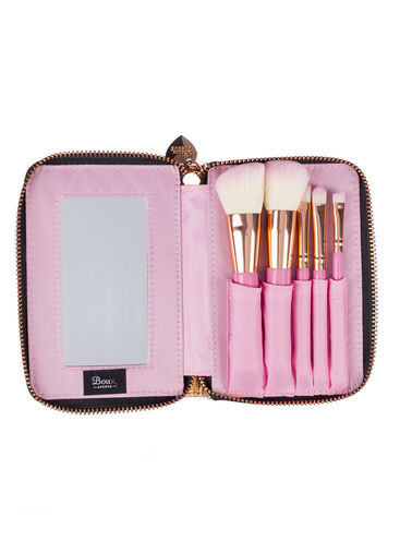 Metallic makeup brush set