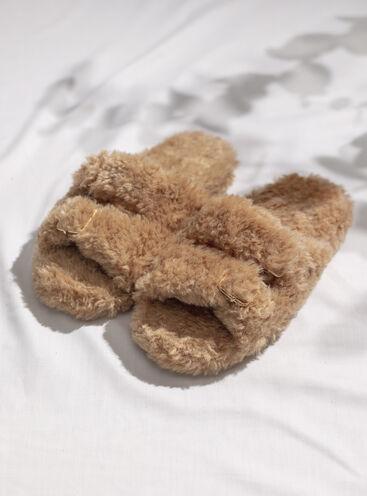 Borg buckle slider slippers